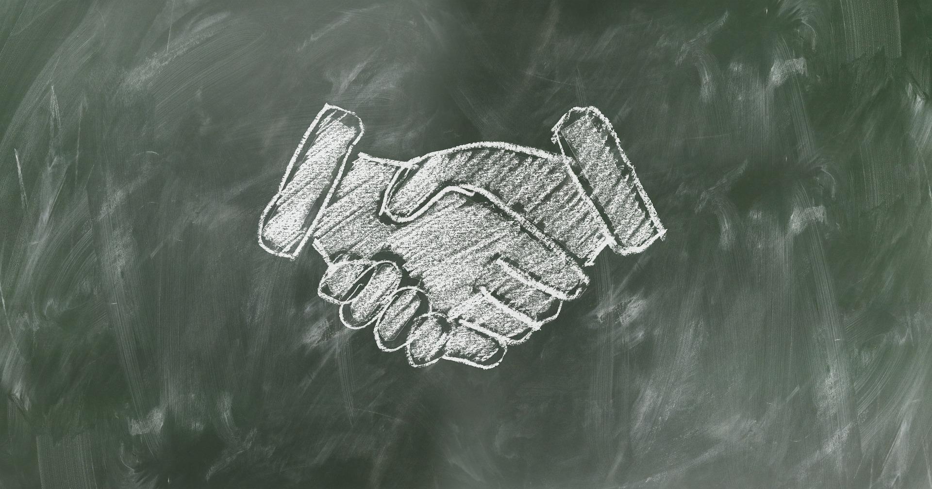 shaking-hands-2499612_1920